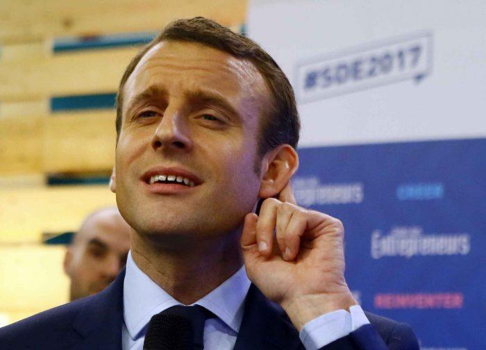 Macron, tout en haut de l'affiche