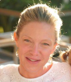 Emmanuelle Gave